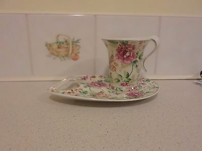 A Very Pretty Leonardo Collection Cup and Saucer, Floral design