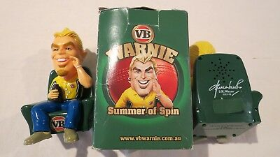 1-2 Warnie Summer Of Cricket Spin Vb Beer Plastic Figure Boxed Victoria Bitter