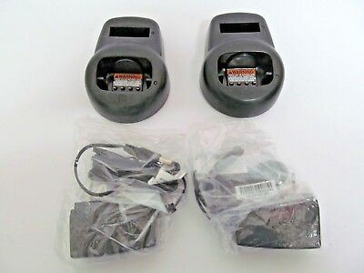 Lot TWO NEW Motorola CLS Radio Charger Base HCTN4001A 56553 CLS1110 CLS1410 VL50