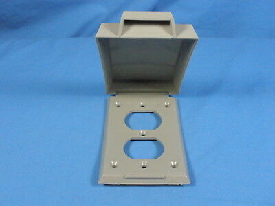 NEW Vertical ROBROY Nonmetallic Gray Plastic Duplex Weatherproof Outlet Cover