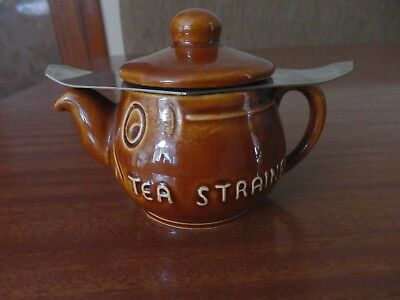 Vintage Sylvac Novelty Tea Strainer Miniature Teapot With Face & Original Sieve