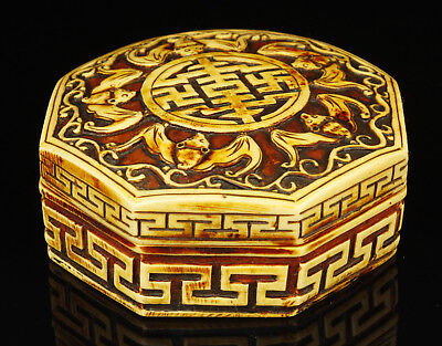 China Collectible Handwork Carving Exquisite Bat Statue Resin Boxes