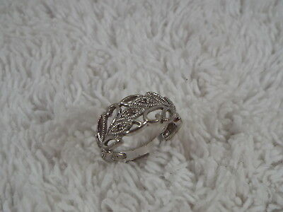Sterling Silver Filigree Leaf Ring ~ Size 7 (D40)