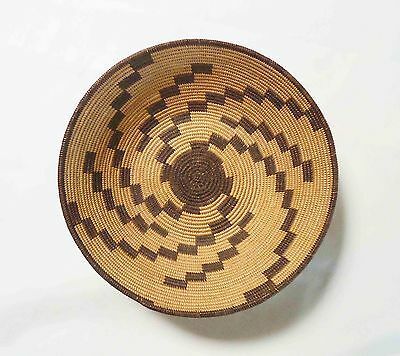 Very Fine Antique Chemeheuvi Graphic Native American Indian Basket