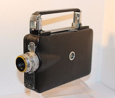 MAGAZINE CINE-KODAK 16mm CINE CAMERA with 25mm f1.9 LENS