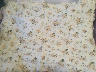 Vintage Eiderdown By Page Of Camberley Yellow Floral Single