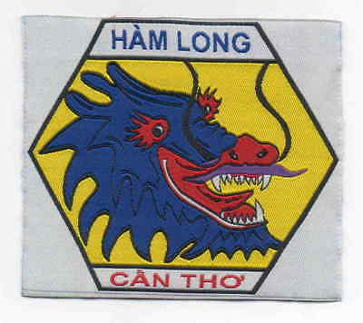 Viet Nam Scout large ribbon Ham Long Can Tho District badge