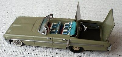 Vintage CHINA MF 748 Convertible Car with moving top friction tin toy