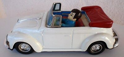 Vintage Volkswagen Beetle Convertible b/o tin toy SHINSEI Japan - cabriolet