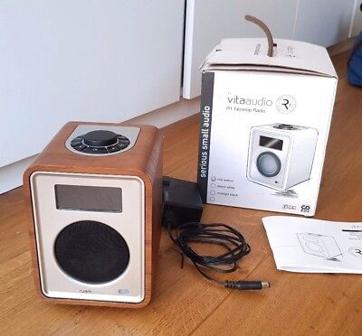 Ruark Audio R1 DAB+, RDS Radio Vita Audio Walnuss walnut