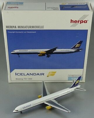 Herpa Wings 510288 Boeing 757-300 Icelandair 1/500