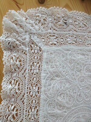 Pretty Vintage Large White Lace Edged Embroidered Tablecloth