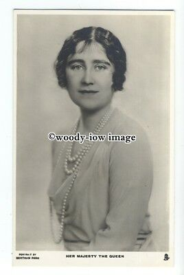 r2078 - Queen Elizabeth ( Bowes-Lyon ) wife of King George VI - postcard