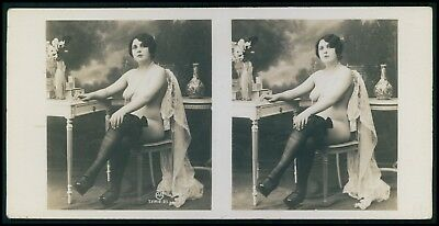uu Stereoview photo stereo card French near nude risque woman original old 1910s