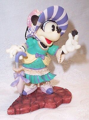 Minnie Mouse With Candy Let Me Call You Sweetheart Figurin #292915 Disney Enesco