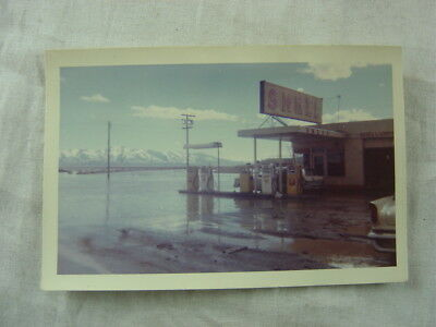 Vintage Photo Shell Gas Station in Unusual Flood Water 815