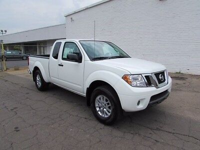 2017 Nissan Frontier SV Extended Cab Pickup 4-Door 2017 Nissan Frontier SV Extended Cab Pickup 4-Door 4.0L V6 DOHC Towing Package