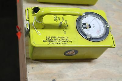 Victoreen CDV-715 Radiation Survey Meter Geiger Counter Cold War Relic