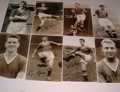 MANCHESTER UNITED FC BUSBY BABES EDDIE COLMAN DUNCAN EDWARDS SIGNED (PRINTED) x8
