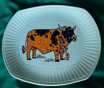 """Vintage 1970 Retro """"Beefeater"""" Steak Plate. English Pottery. Staffordshire."""