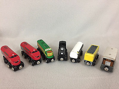 Toys R US Wood Magnetic Train Lot 7 Pieces Engines Passenger Cargo
