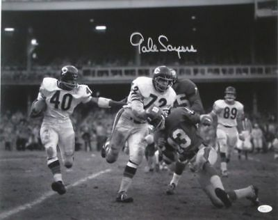 Gale Sayers Signed Chicago Bears B&W 16x20 Photograph JSA