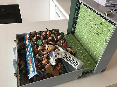 Microstars  football game case and 60 players