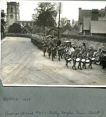 Original 1925 photograph Military band leading regiment REPTON Derby