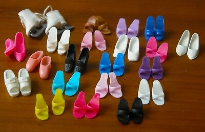 21 Pairs of Vintage Barbie Superstar-Era & Clone Shoes Great Styles, Many Colors