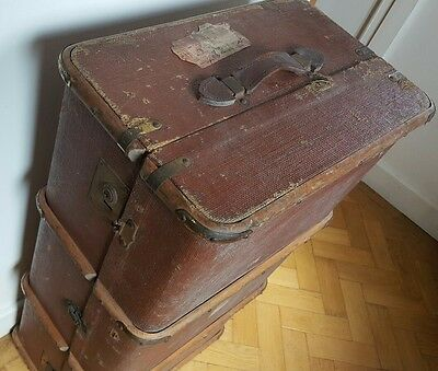 vintage steamer trunk travel chest/ideal toy box