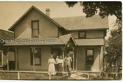 RPPC EARLY 1900s HOME w FAMILY DAD in OVERALLS ANTIQUE REAL PHOTO POSTCARD c1910