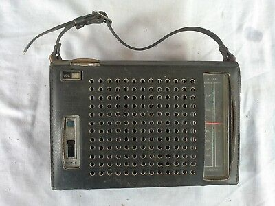 Vintage Toshiba Radio, IC - 310B intergrated circuit, with case, Working
