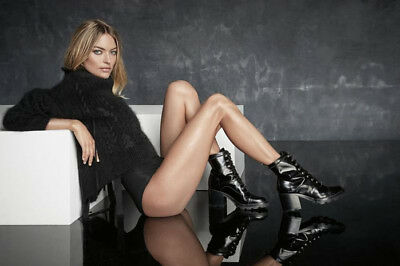 Martha Hunt->48 ads & clippings of Beautiful American Supermodel