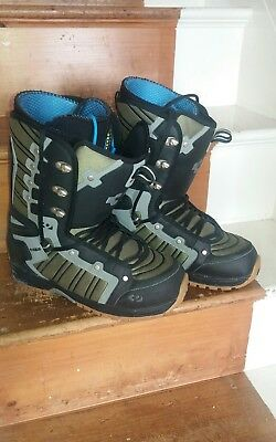 THIRTYTWO 'Prion' snowboard boots SIZE 9.5 VGC