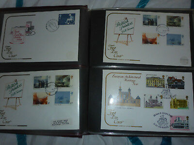 Collection Cotswold Covers (60) housed in SG Major cover album (#1)