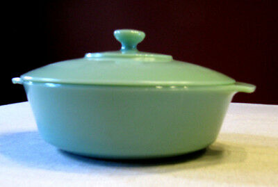Fire King Anchor Hocking Jadeite Green Covered Casserole Dish 2QT