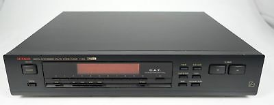 Luxman T-353 Digital Synthesized Stereo Fm Am Tuner +++