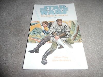 Star Wars CLONE WARS  graphic novel volume 7 WHEN THEY WERE BROTHERS