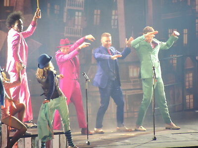 TAKE THAT  III TOUR PHOTO`S  ( and Party  The Circus Progress  Wonderland )