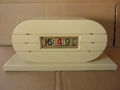 Pennwood Numechron Imperial electric clock white plaskon USA 1954 good condition