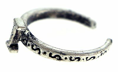 Antique Silver-Tone Toe Ring With The Letter 'I' Initial TR42A-I