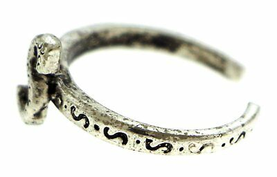 Antique Silver-Tone Toe Ring With The Letter 'S' Initial TR42A-S