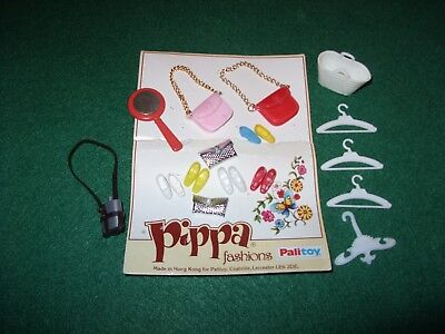 Vintage 1970s PIPPA (Palitoy) or similar SHOES, BAGS, HANGERS, etc