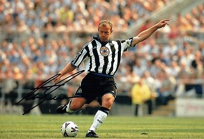 Alan SHEARER 12x8 Photo Signed Autograph AFTAL COA Newcastle United Magpies NUFC