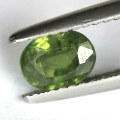 0.89 cts.6.4 x 4.9 mm.NATURAL GREEN SAPPHIRE OVAL MADAGASCAR