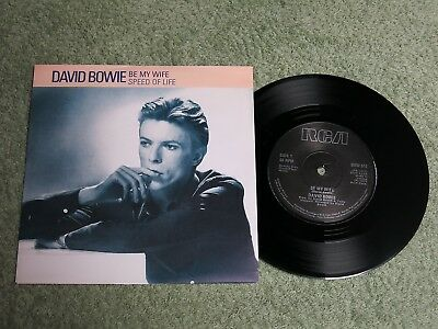DAVID BOWIE Be my wife Ireland RCA 7-inch Lifetimes Solid centre BOW 511!
