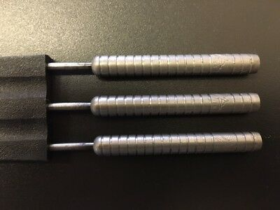 "24 gram Eric Bristow Harrows ""Cocked Finger"" 90% Tungsten darts"