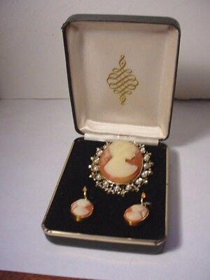 Vtg 1950'S Pressed Cameo White Lucite Pearl Gold Gilt Clip Earrings Pin Brooch