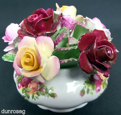 OLD COUNTRY ROSES FLORAL TABLE DECORATION, 1st QLTY, GC, 1962-73, ROYAL ALBERT