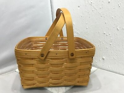 Longaberger Basket w/ 2 Handles & Plastic Liner Insert 2000 Small Cake Picnic